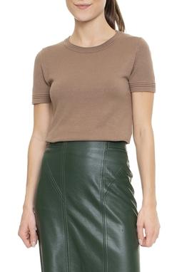 Camiseta Malha Sem Decote - DG16473
