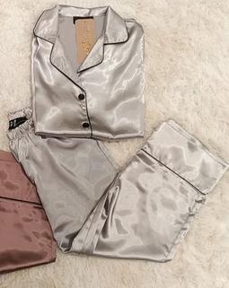 Pijama Pantacourt Shine Prata