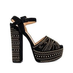 Sandália Preta Com Tachinhas - DG15411