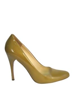 Sapato Bico Redondo Verniz Caramelo - DG15847