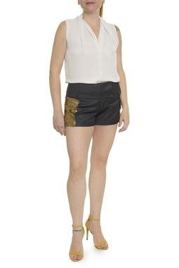 Shorts Curtos Aplicação Dourada - DG14811
