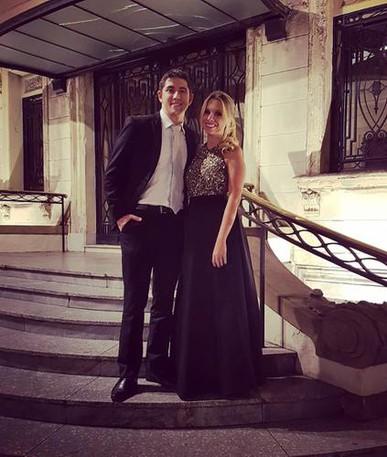 Sempre alugo vestido na Dress & Go! É um mais lindo do que o outro e o atendimento é sempre excepcional!