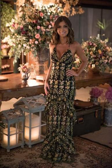 Parabéns pelo trabalho impecável! Usar um vestido dress and go é uma experiência deliciosa!!!