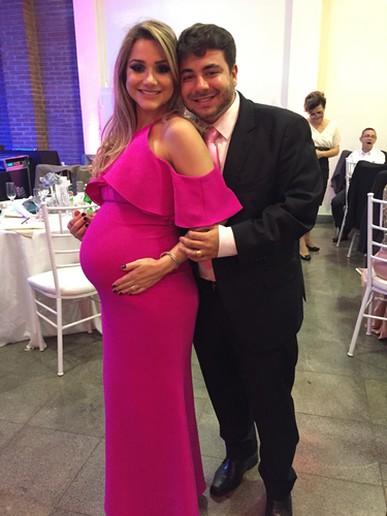 achei q meu barrigão de 30 semanas ficou lindo neste pink! obrigada pela praticidade e excelência de sempre! TALITA AQUINO