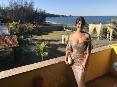 Fui madrinha de casamento com este vestido e fui super comentada pelos convidados. Adorei!