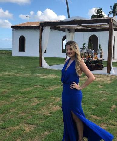 Vestido azul bic fez um super sucesso no casamento na praia! Amei!