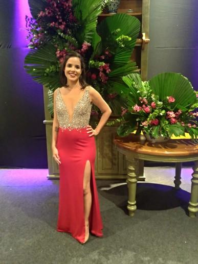 Amei o vestido e a experiência com vocês! Muito obrigada