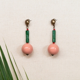 brinco bolão coral e tubinho verde