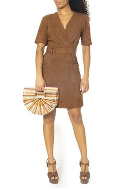 Vestido Marrom Manga Curta Suede - DG15031