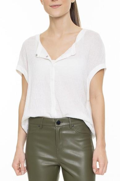Blusa Off White Com Botões - DG15667 Cosh