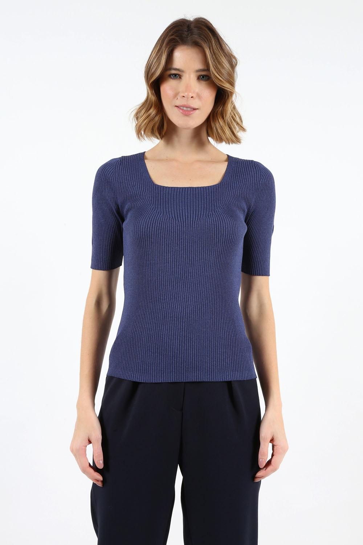 Blusa Trt Decote Quadrado Azul