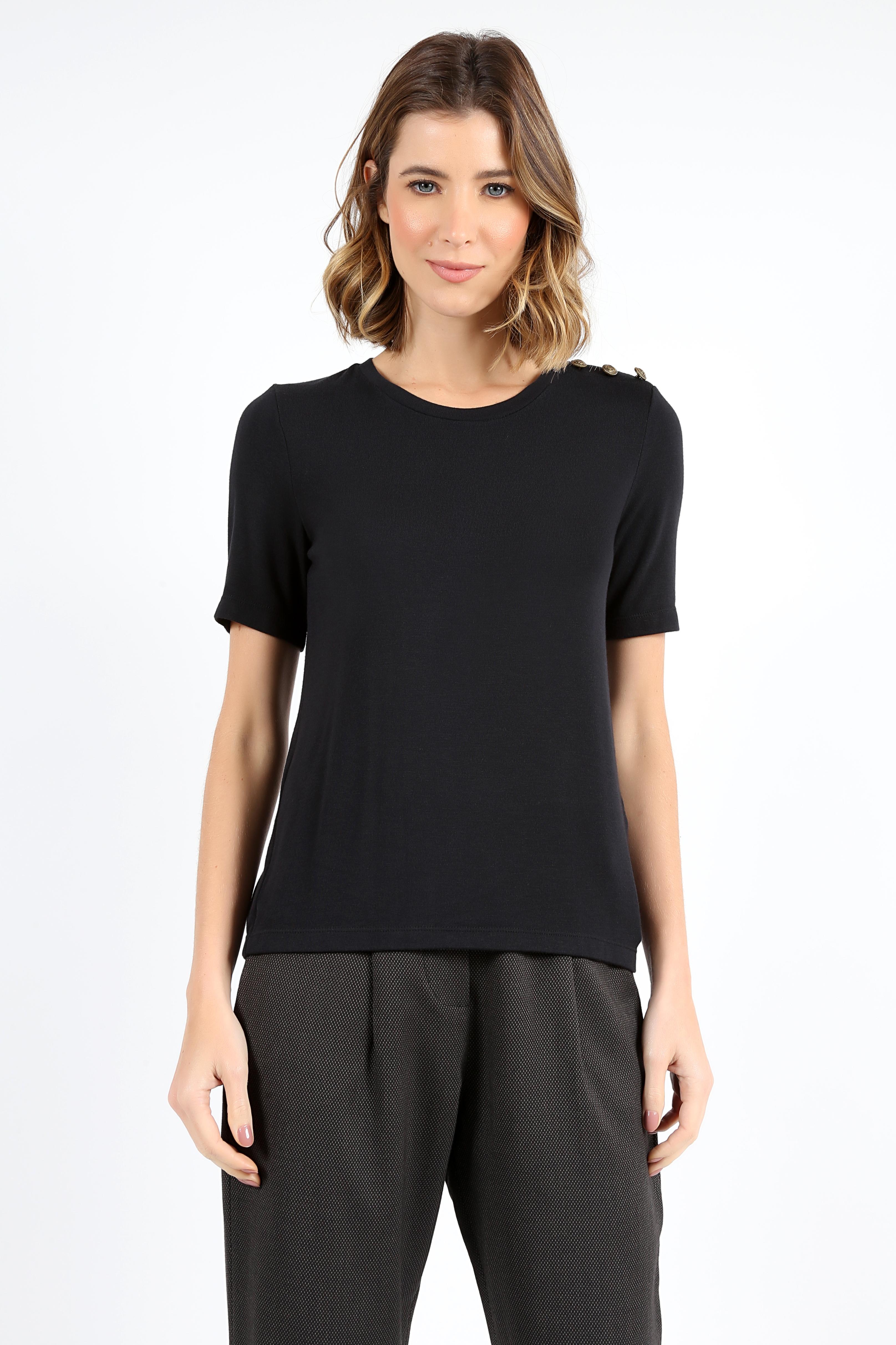 Camiseta Tres Botões Ombro Preta