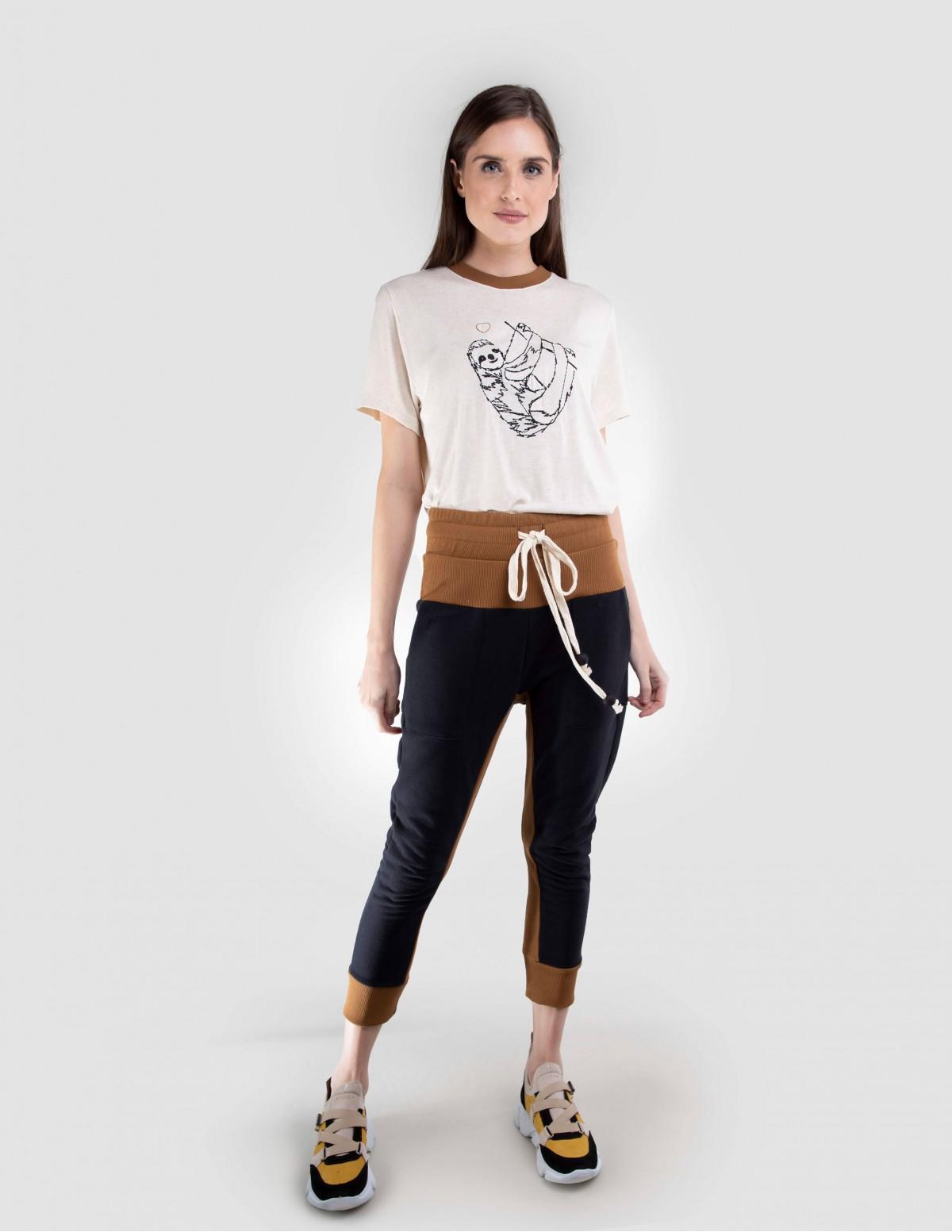 Camiseta Estampada - Bege Areaoito